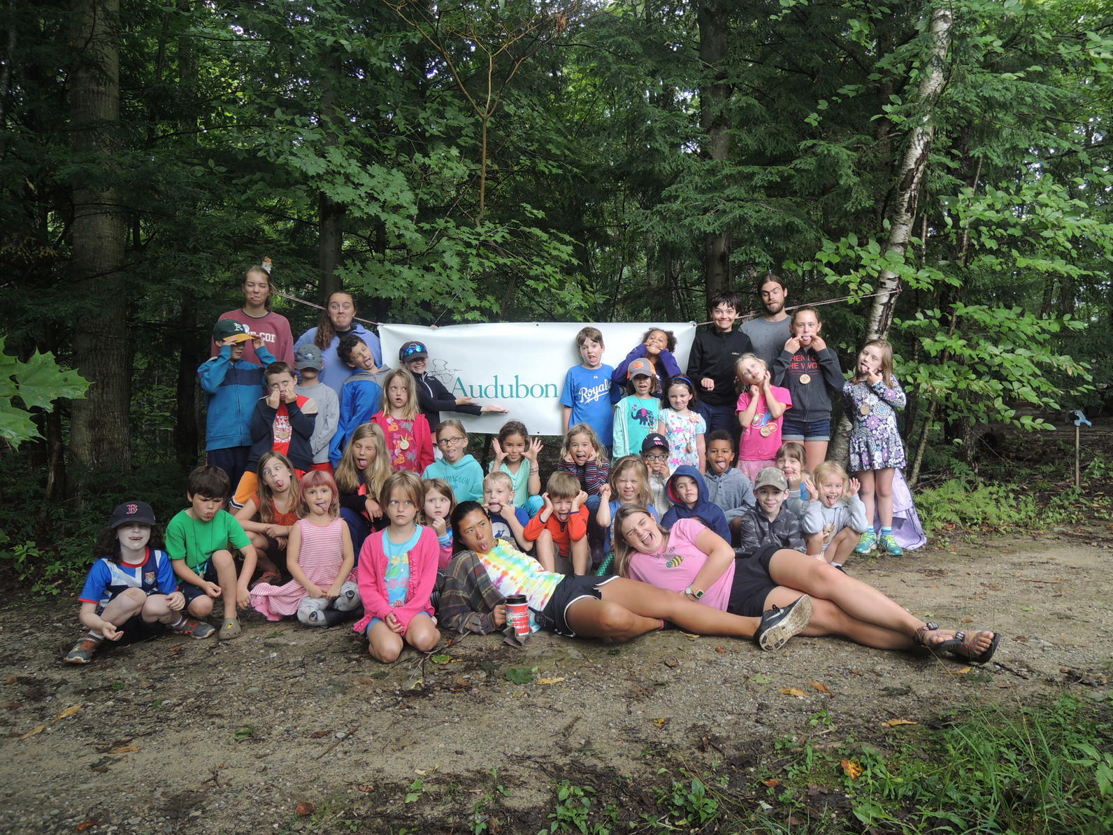 Extreme earth artists group camp
