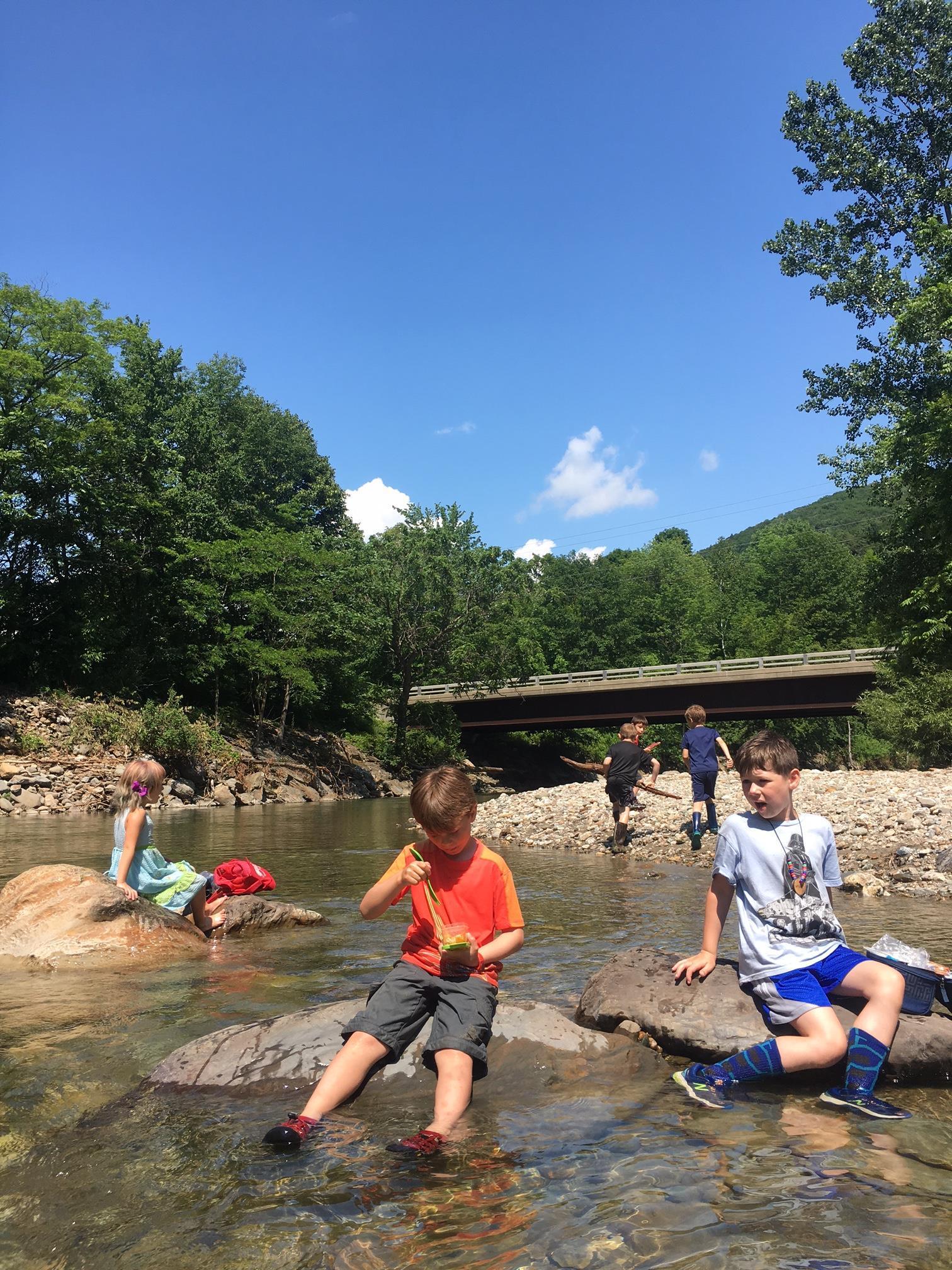 River Spot Camp